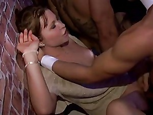 Deepthroating gumshoe prostitute smashed unconnected with coloured
