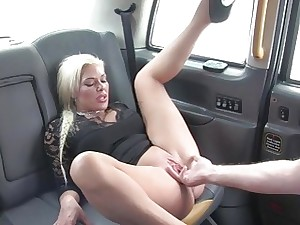 Sexy inexperienced babe gets banged in the cab