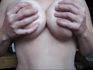 Cum between Jennys tits!