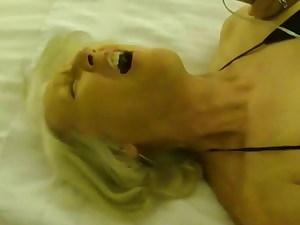 Super-naughty Slut Sue Gets Penetrated In Vegas