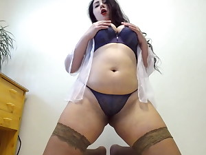 Amazing bbw milf with perfect round bootie and buttplug inwards