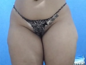 Big ass shaking