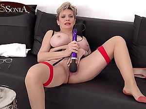 Busty Brit mature Lady Sonia plays with her vibrator