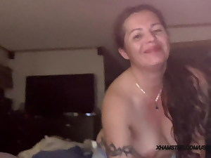 Married damsel sucks cock and swallows cum